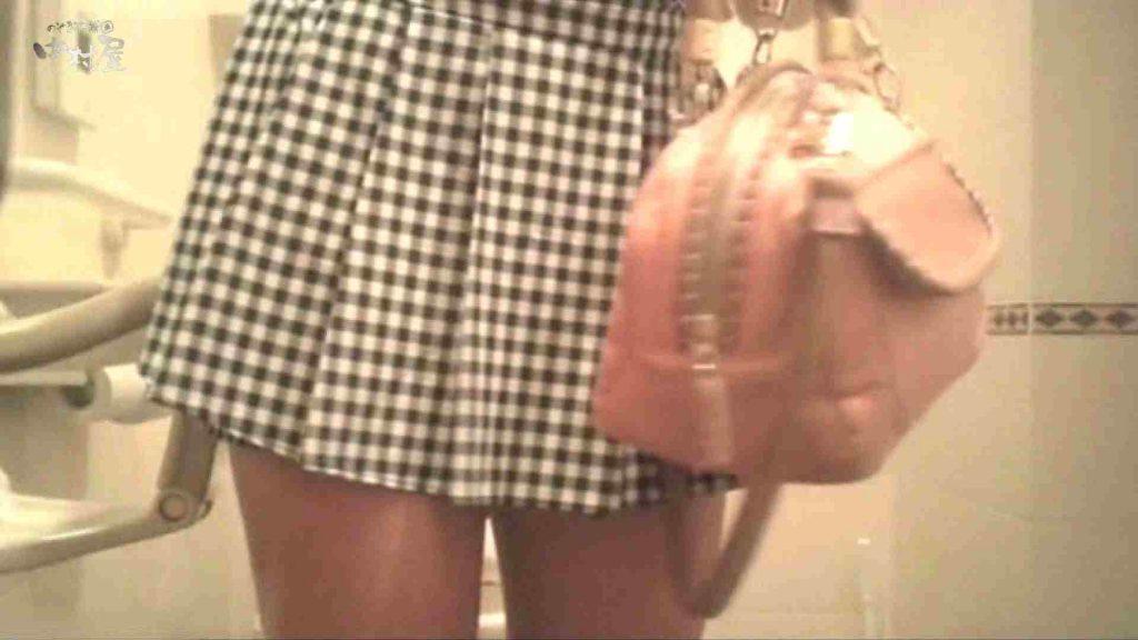 ティーンガールのトイレ覗き‼vol.10 女子大生のエロ生活 | 覗き  24連発